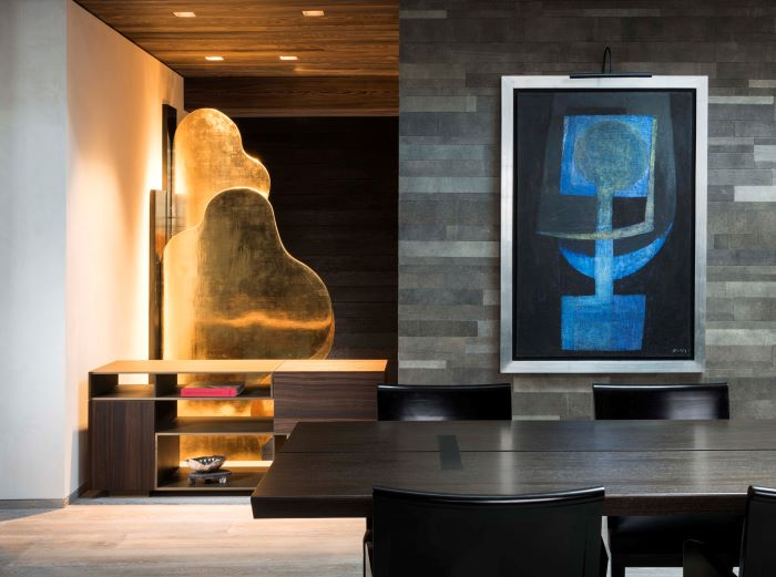 Dining table and art in the Grand Galerie Penthouse, The Sebastian Vail